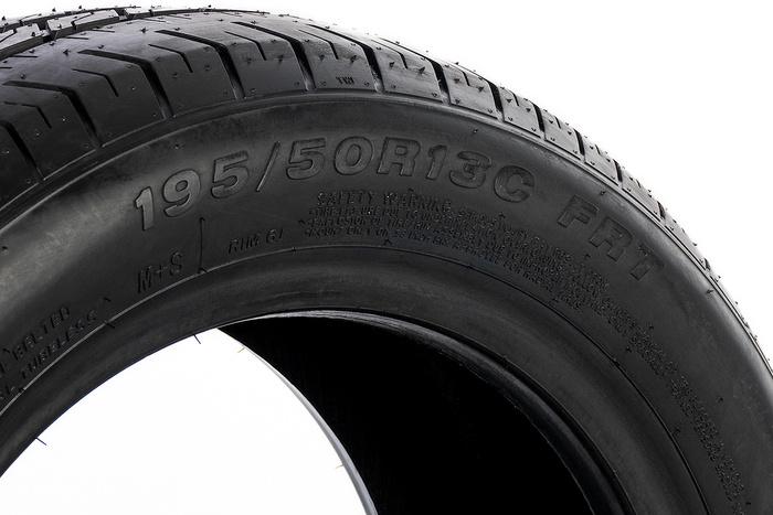 Anvelopă 195/50 R13 C pentru remorcile grele și remorcile transport auto