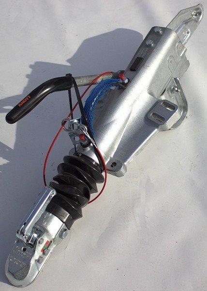 Frână inerțială pentru remorci auto KNOTT KFG35  3500kg